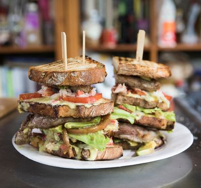 Club Sandwich Surf & Turf
