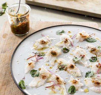 Snapper Carpaccio mit Zitrus-Chili-Paste